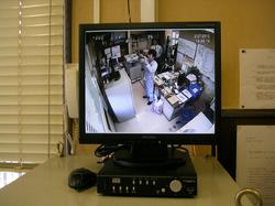 三菱電機製LCD監視モニター