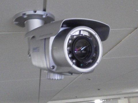 神戸のマンションで防犯カメラの設置工事